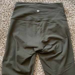 Lululemon wunder under 28""